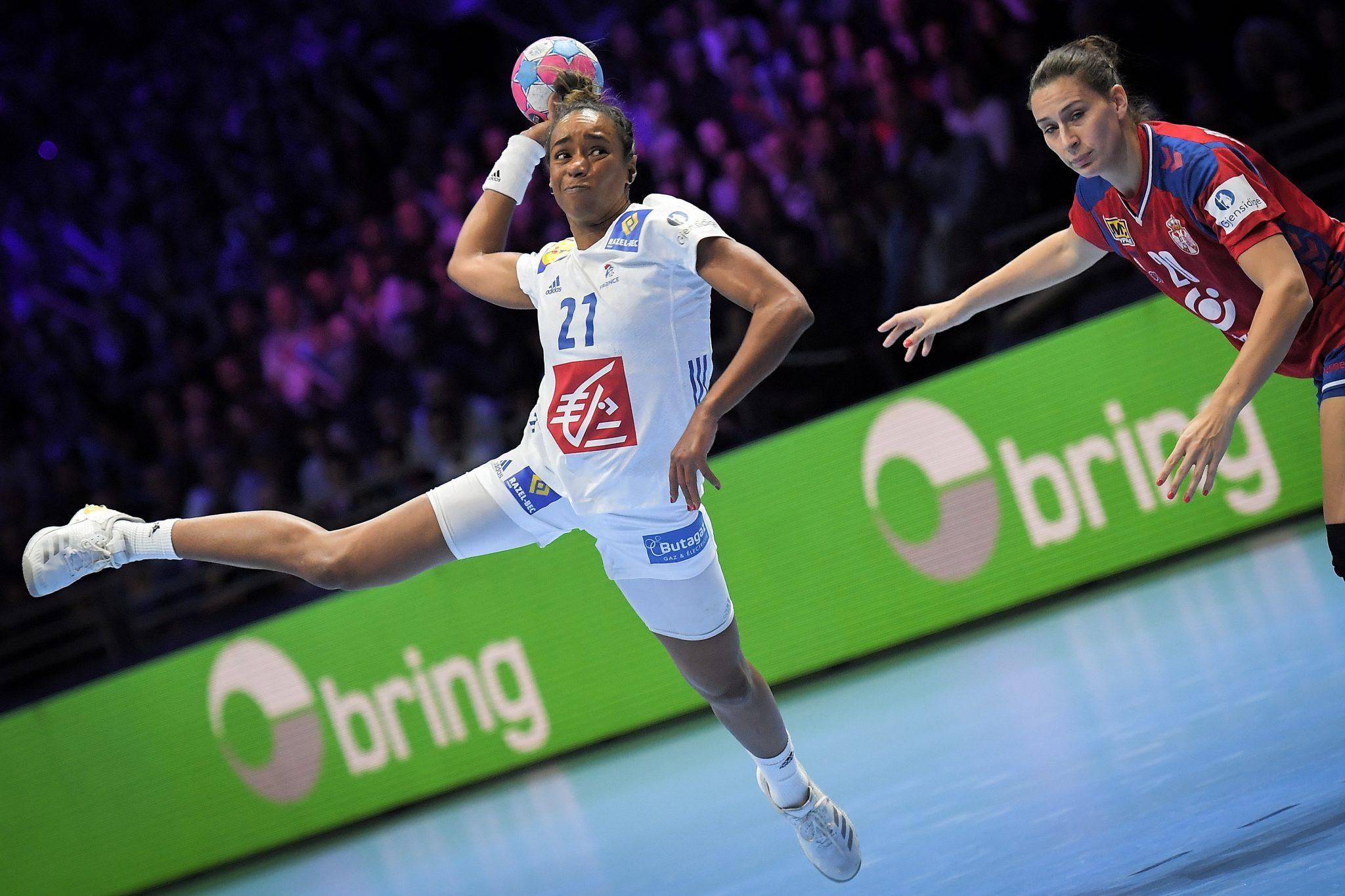 Estelle-Nze-Minko-V-Box-Handball-Ecologie